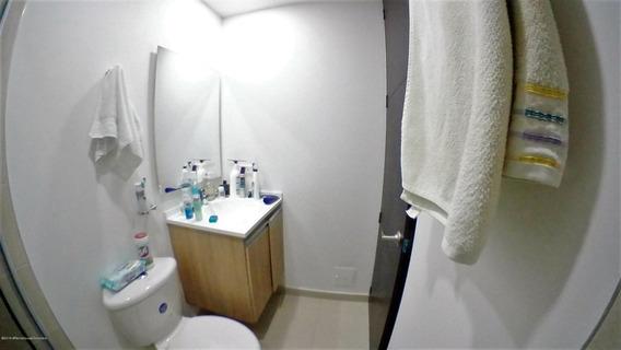 Apartamento En Julio Caro Fr 20-38