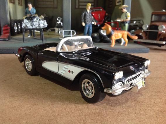 Miniatura Motormax 1/24 Chevrolet Corvette 1959 - Linda!