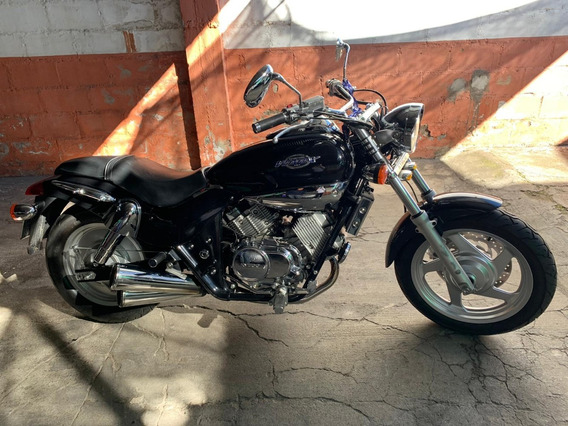 Kymko Venox 250cc Negra