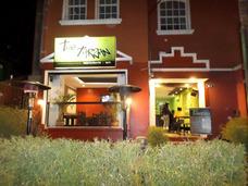 Restaurante Ubicado En El Sector De Plaza Foch