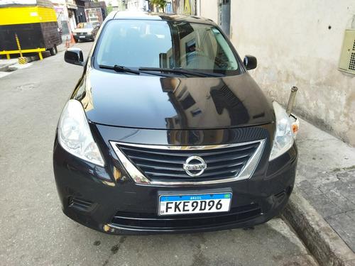 Nissan Versa 2014 1.6 16v Sv Flex 4p