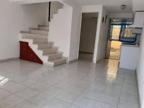 Casa En Renta Avenida José María Morelos Y Pavón, Fraccionamiento Las Americas