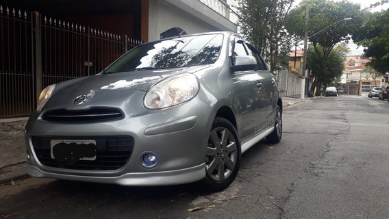 Nissan March 1.6 Sr 5p 2014
