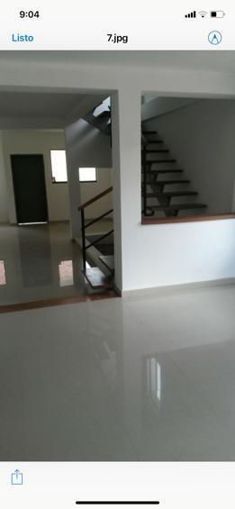 Lyl2000 Vende Casa En La Granja
