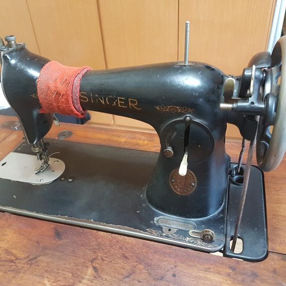 Maquina De Costura Antiga Singer Com Pé De 1.936