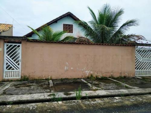 Casa No Jd Grandesp Em Itanhaém Lado Praia Com Rua Calçada