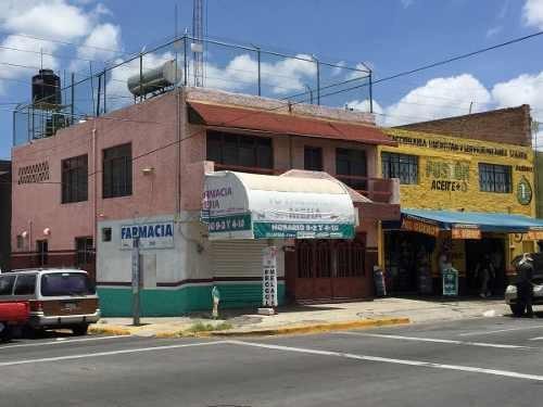 Casa En Esquina Con Local Comercial