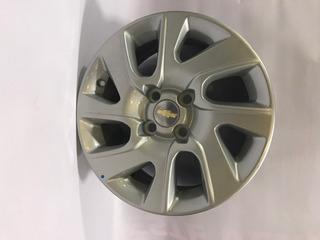 Llanta Original Aleacion Chevrolet Spin Con Centro