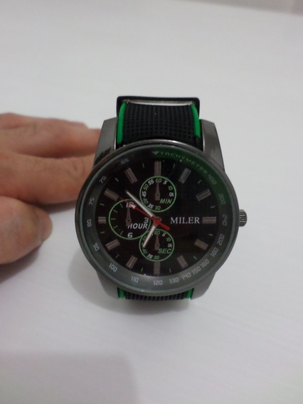 Relógio Preto Esportivo Pulseira Verde