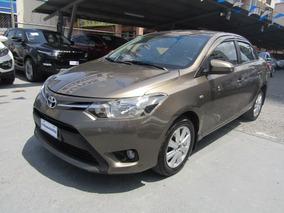 Toyota Yaris 2015$ 9999