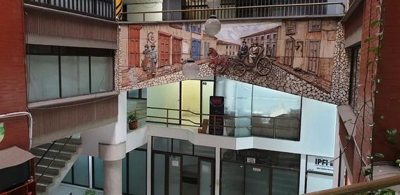 Local Centro Comercial. Calle Real. Pereira