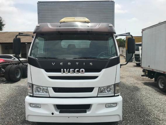 Caminhão Toco Bau Iveco