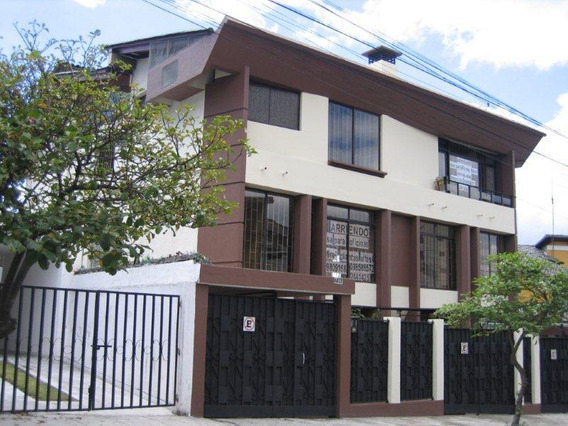 Arriendo Casa Sector Jorge Juan Y Mariana De Jesus