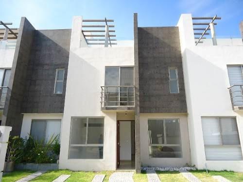 Renta Casa Privada Residencial Del Parque 4 Recamaras Alberc