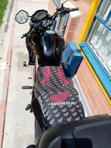 Honda Invicta  2015