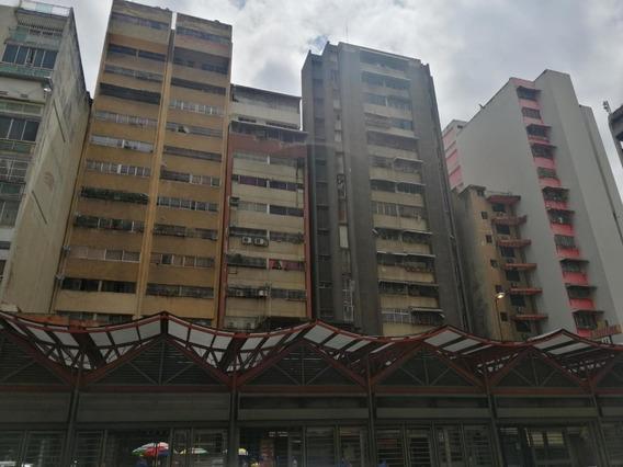 Apartamento En Venta Av Fuerzas Armadas