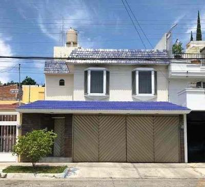 Se Vende Casa En Colonia Residencial Bonita