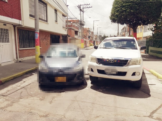 Toyota Hilux 4x4 Full Equipo