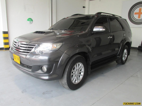 Toyota Fortuner Plus Svr At 300 Aa
