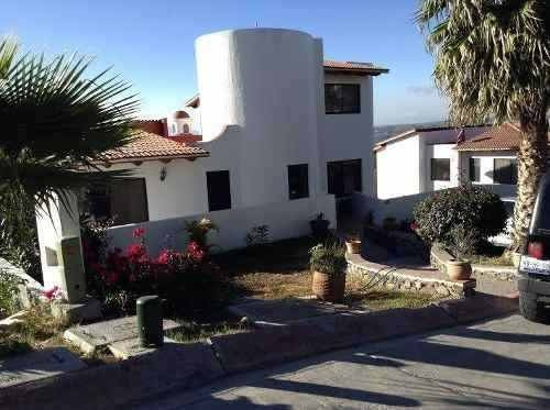 Se Vende Hermosa Residencia En Vista Real Country Club.
