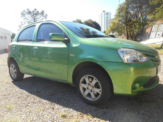 Etios Hatch 1.3 X Flex