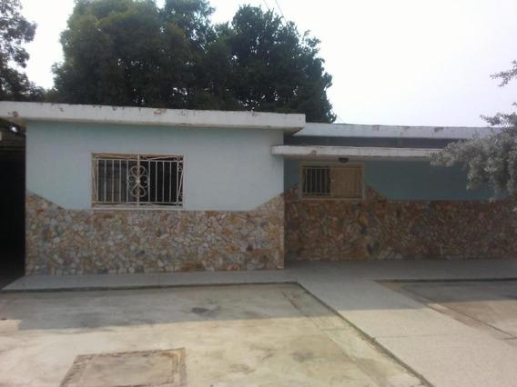 Casa En Venta En La Limpia, Maracaibo