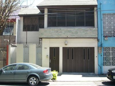 Casa Para Oficinas, Bonita, Céntrica Con Buenos Acabados.