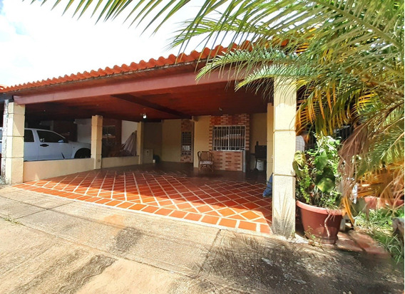 Casa En Palma Real En Alquiler