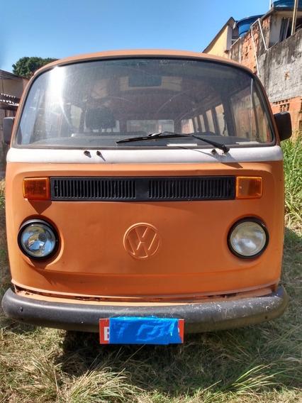 Volkswagen Kombi Passageiro