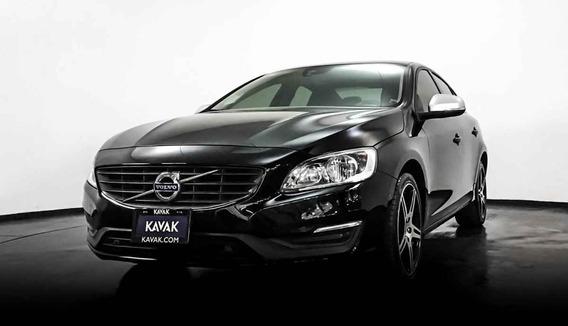 18735 - Volvo 2016 Con Garantía At