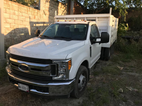 Camioneta Ford 4.5 Tons