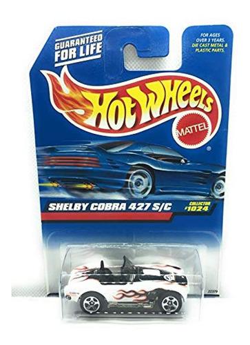 Hot Wheels Shelby Cobra 427 S / C, Color Blanco Con Llamas