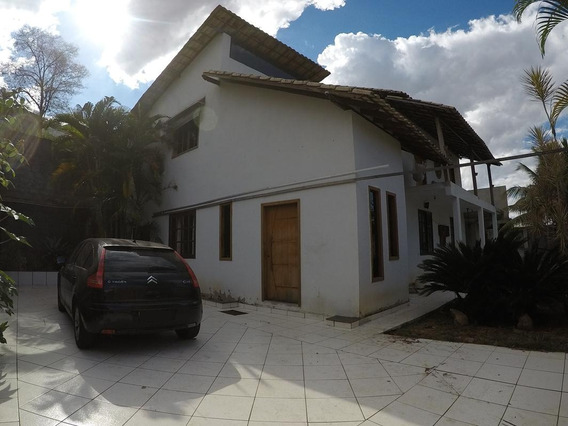 Casa Com 4 Quartos/2 Suítes