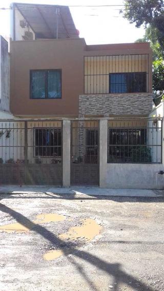 Se Vende Casa De 2 Años De Uso, Remodelada, Trato Directo