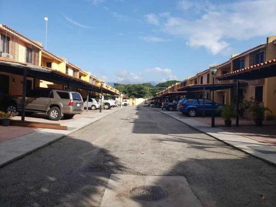 Town House En Rincón Mañongo 50.000 Negociable