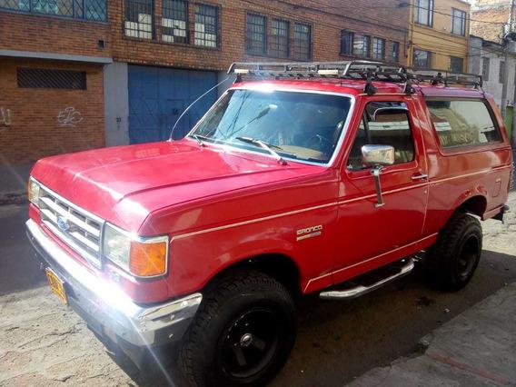 Ford Bonco Custom 4x4 Diesel