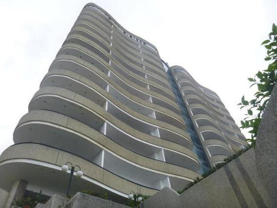 Apartamentos En Venta Camuri Chico 20-6221 Rah Samanes