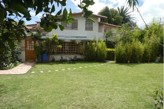 Hermosa Casa En Alquiler En El Valle De Tumbaco (entre La Ci