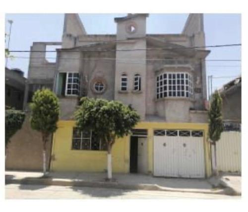 Imagen 1 de 10 de Casa En Venta: Anteriormente Fabrica De Salas,