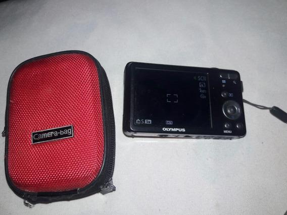 Câmera Digital Olympus