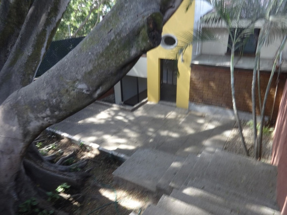 Venta De Casa En Priv. Col. Palmira, Cuernavaca
