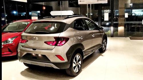 Imagem 1 de 4 de Hyundai New Hb20x 1.6 At Evolution Bluelink 21/22 (prata Sa)