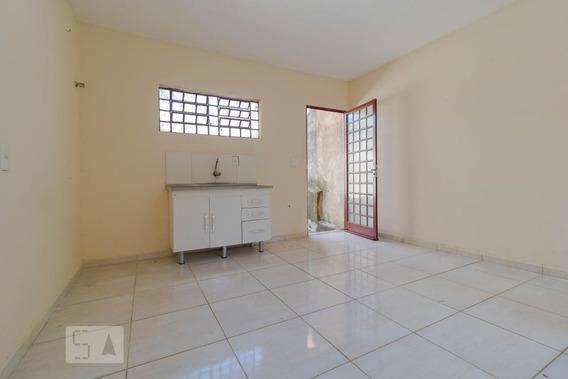 Casa Com 1 Dormitório E 1 Garagem - Id: 892951025 - 251025