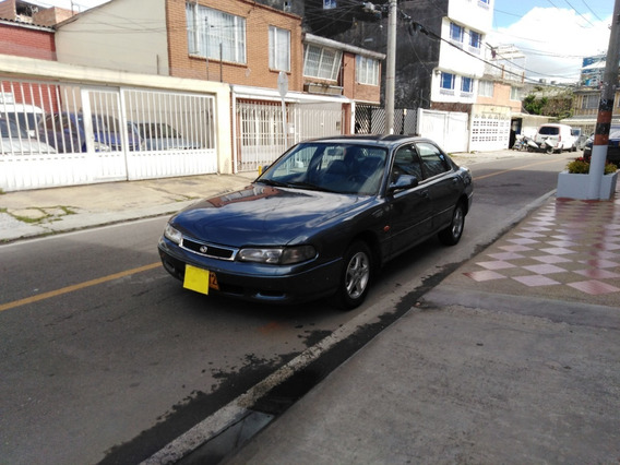 Mazda Matsuri Sedan 2.0 Mecánico 1995