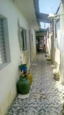 Casa Em Itanhaém Lado Praia 600 Metros Da Praia.