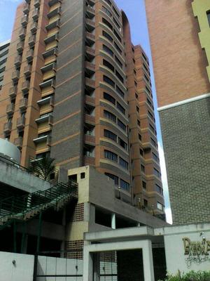 Excelente Apartamento Ejecutivo Para Estrenaar En Los Mangos