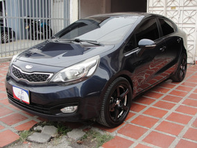 Kia Rio 2013 1.4 Full Sunroof