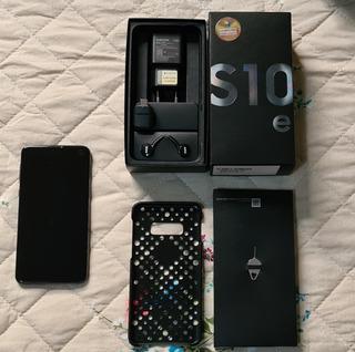 Samsung Galaxy S10e - Preto
