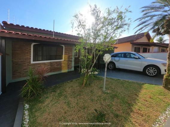 Casa Com 04 Dormitórios E 107m² - 45