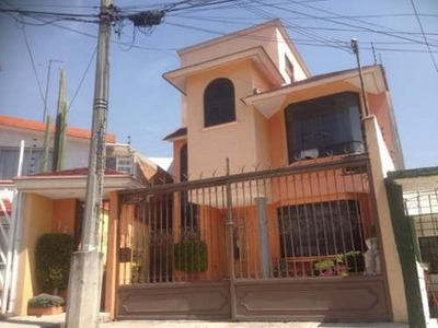 Casa En Venta En Villas De La Hacienda, Atizapán De Zaragoza, Estado De México.